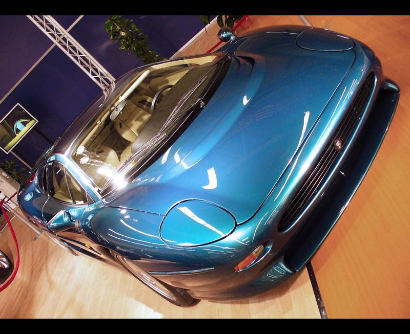 Jaguar XJ220 by John77