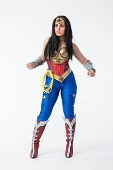 Yeliz cosplay wonder woman