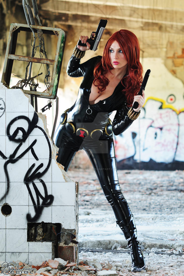 Black widow hot naked cosplay erotic scenes