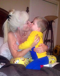 Grandma and Grandson Love by Caeruleus-Femella