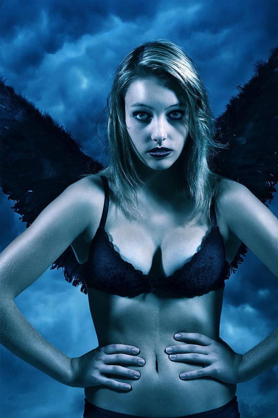 Angel by plain71