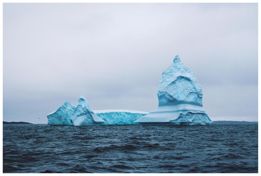 Icebergs in Aasiaat by BezwzglednaRyba