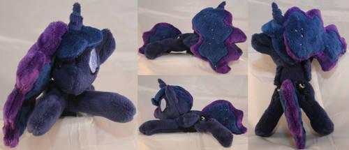 Shoulder Plushie: Princess Luna (Night Colors)