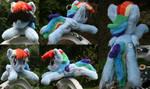 Shoulder Plushie: Rainbow Dash (Open Eyes) by BastlerRJ