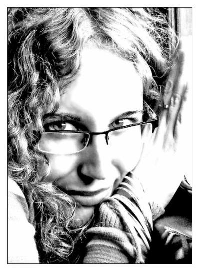 alone-maggie's Profile Picture