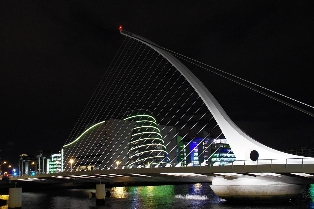 Samuel Beckett Bridge by Smaragd01