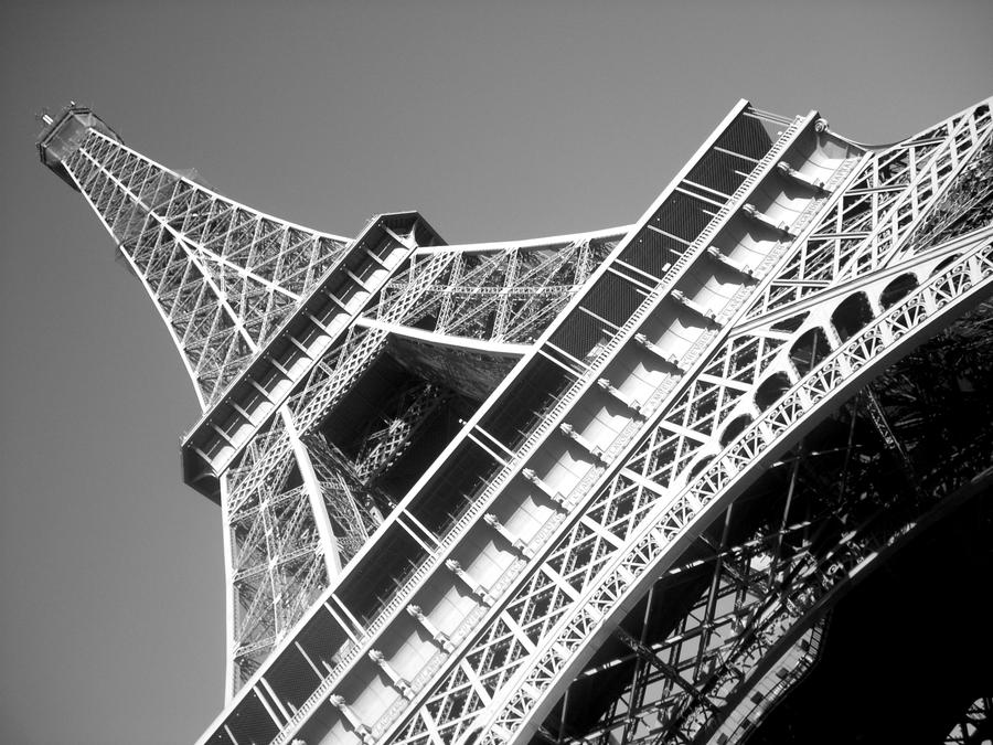 Eiffel Tower by cheekz-jess