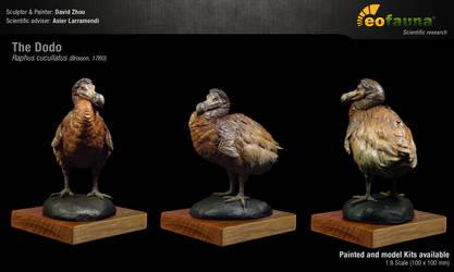 The Dodo (Raphus cucullatus) sculpture 1:8