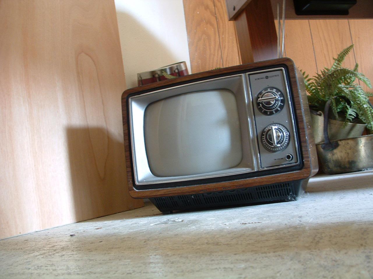 TV 1 by KERISTOCK