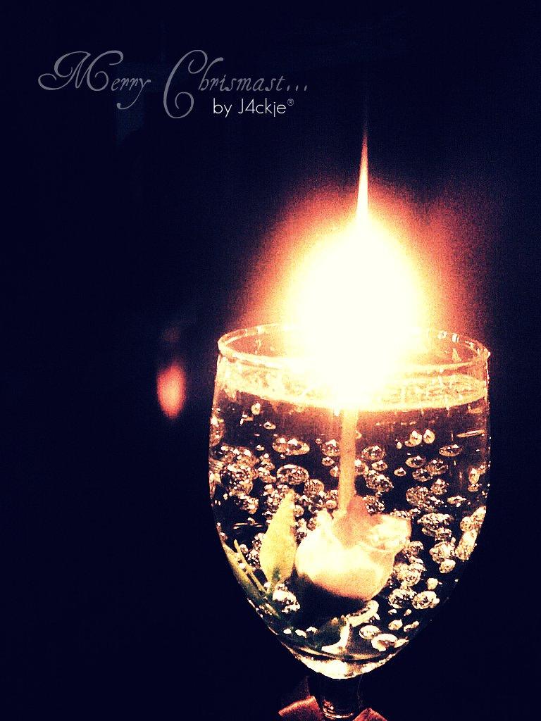 Chrismast candles by J4ckje