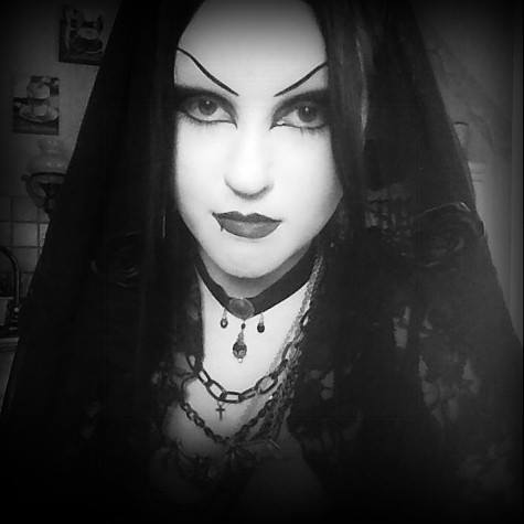 1000  images about Gothic wedding dresses :-) on Pinterest