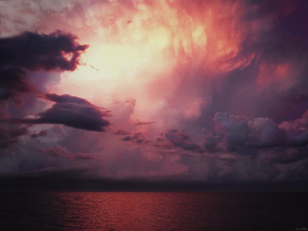 Setting Sun by Xenalla