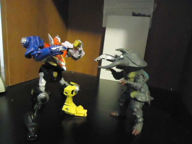 Megazord vs Antlar by CosbyDaf