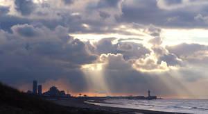 Breaking Clouds by thrumyeye