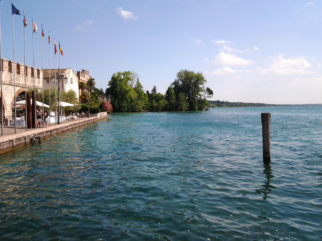 Wiew of Garda Lake by Freak-Angel56