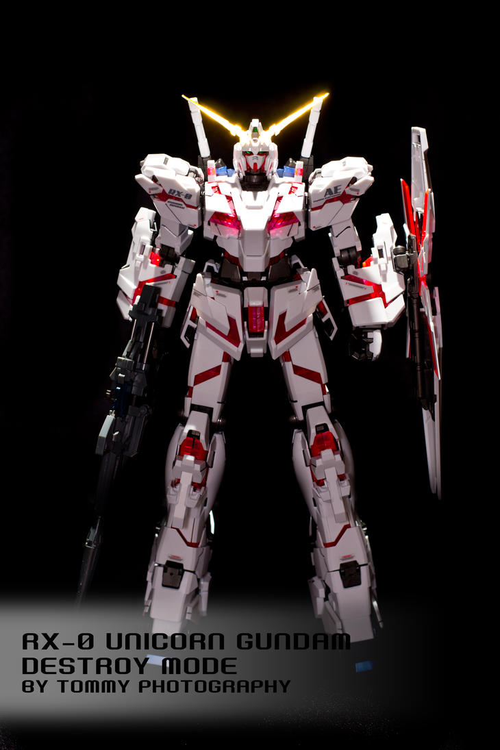 MG 1/100 RX-0 Unicorn Gundam - NT-D Mode by Tommy-YS