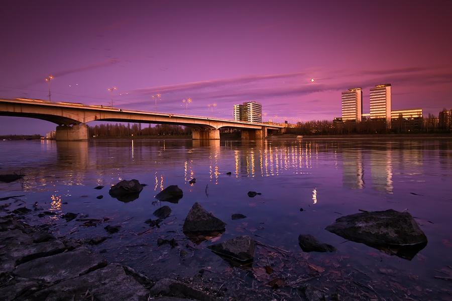 purple sky by arbebuk