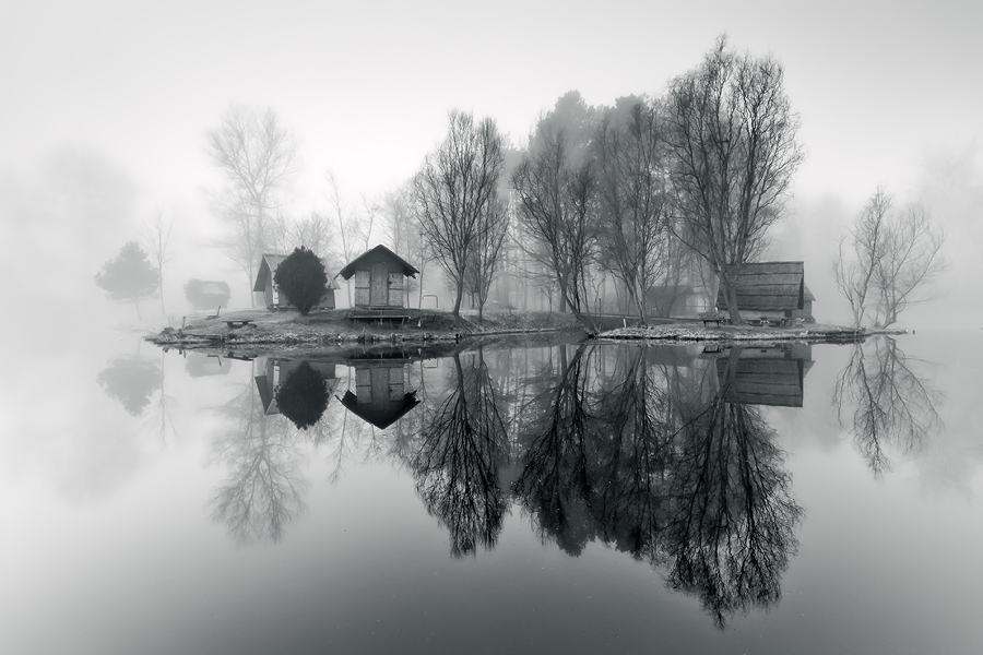 through the misty air by arbebuk