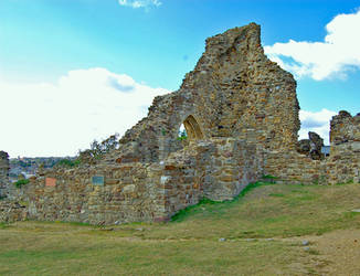 Hastings Castle by inferlogic