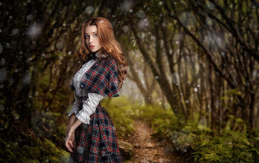 Alice in Wonderland by RiperJack