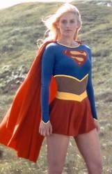 21st Century Supergirl Manip