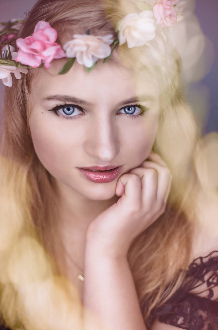 Golden Beauty by Mias-Photography