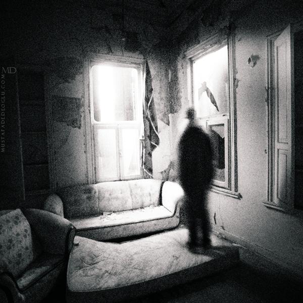 room.. by MustafaDedeogLu
