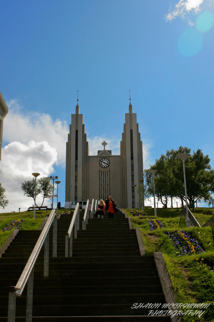 Akureyri Church by aseaofflames