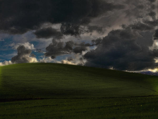 Windows Bliss - Stormfront by Oneil121