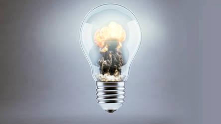 Light Bulb by IceMan-Studio