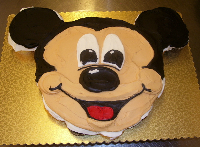 Mickey Mouse Cupcake Cake by zoro-swordsman