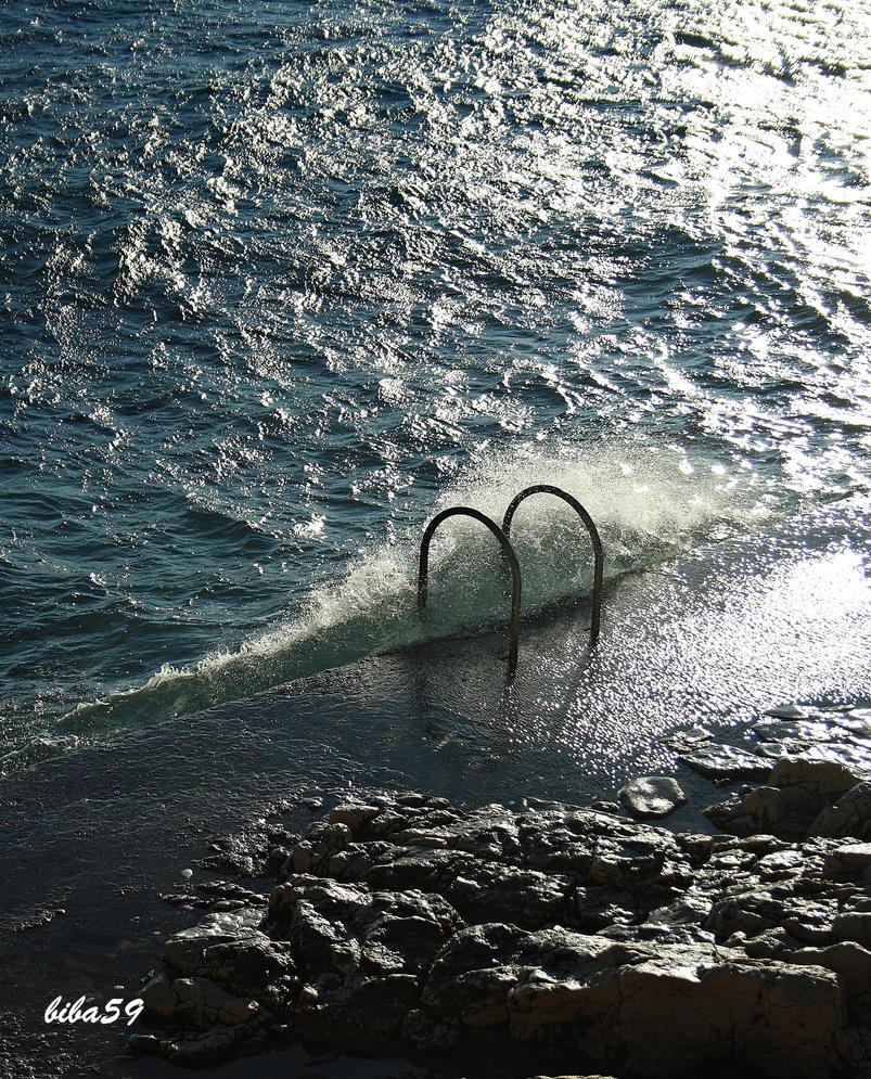 sea wave by biba59