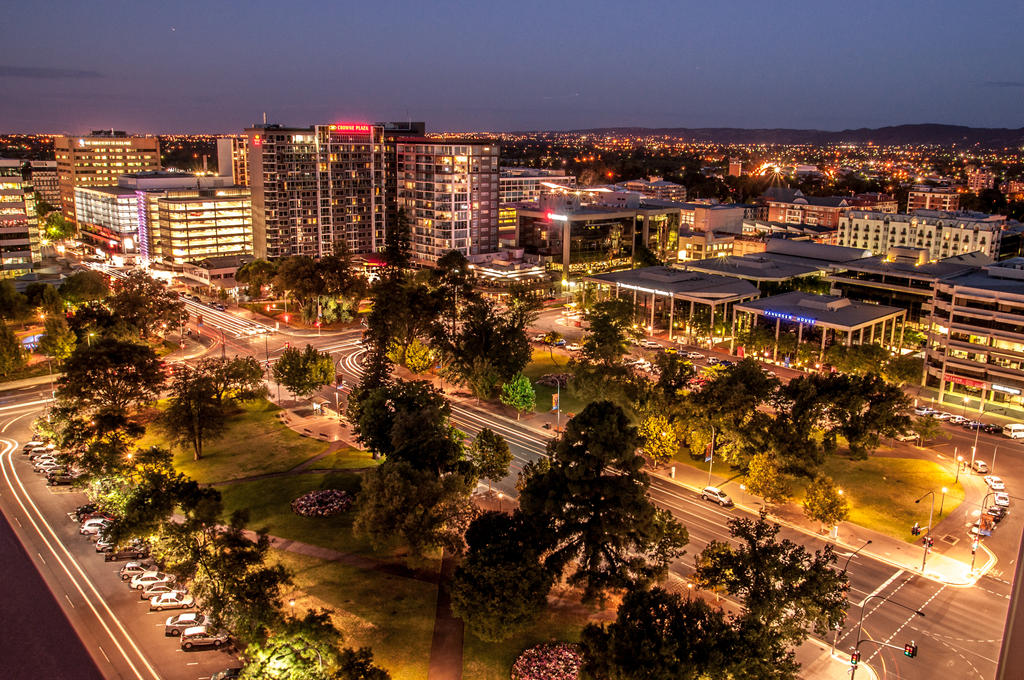 Adelaide at night by Mickyjftw