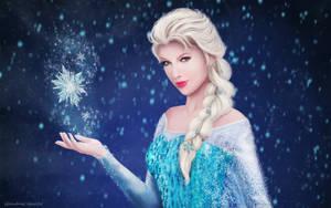Elsa - Frozen Wallpaper by GinebraCamelot