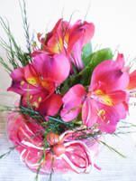 Pink Pot by bibiana-tenebra