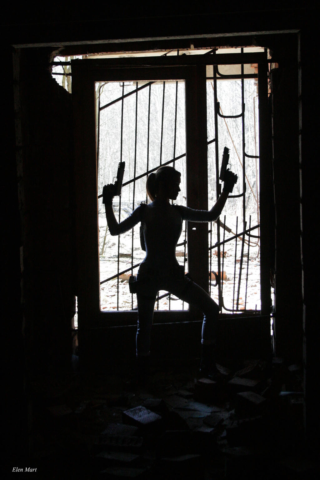 Lara's silhouette by Elen-Mart