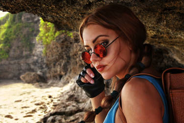 Lara Croft. Portrait on the beach by Elen-Mart