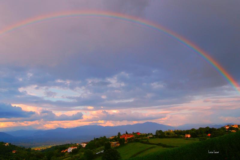 Somewhere over the rainbow by LuizaLazar