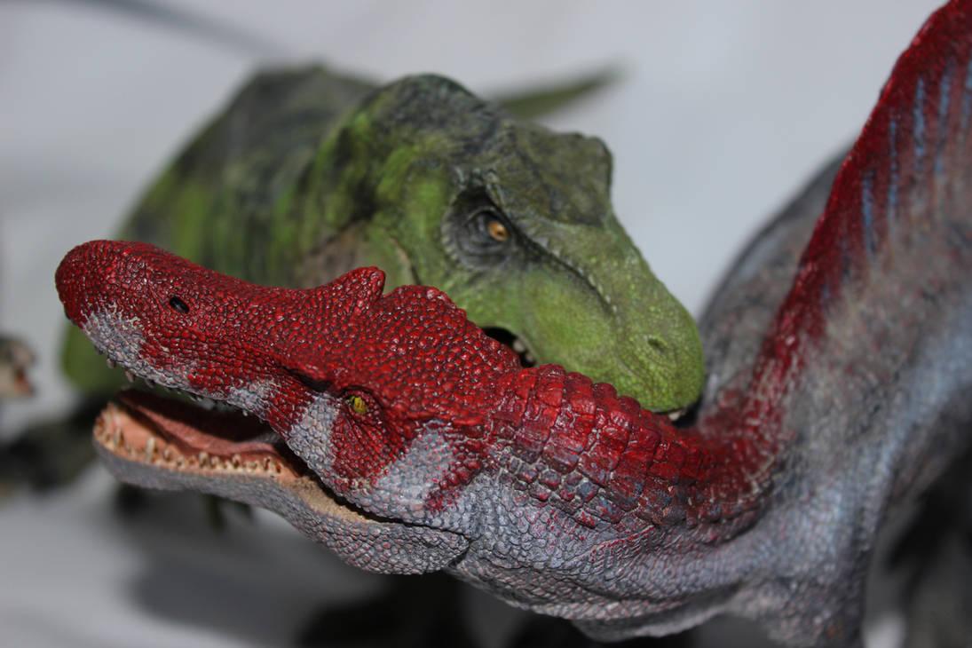 T-Rex vs Spino by ak1508