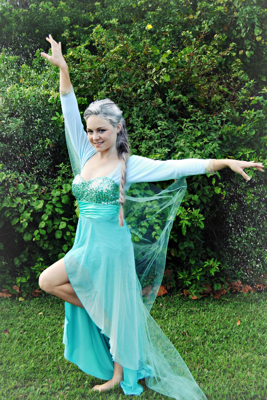 Sassy Elsa by ElizabethGoldenleaf4