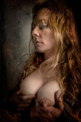 Just a glance by CurvedLightStudio
