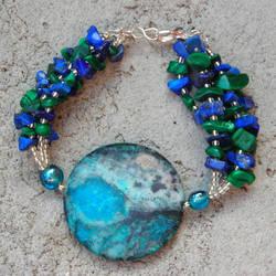 nibiru bracelet by Polychroia