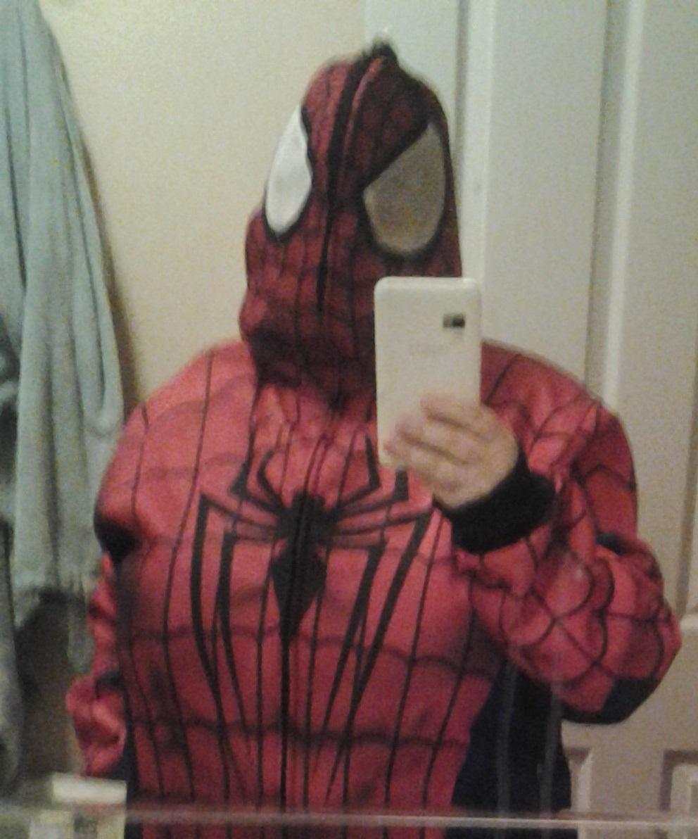 Spiderman Takes A Selfie by n0-username on DeviantArt