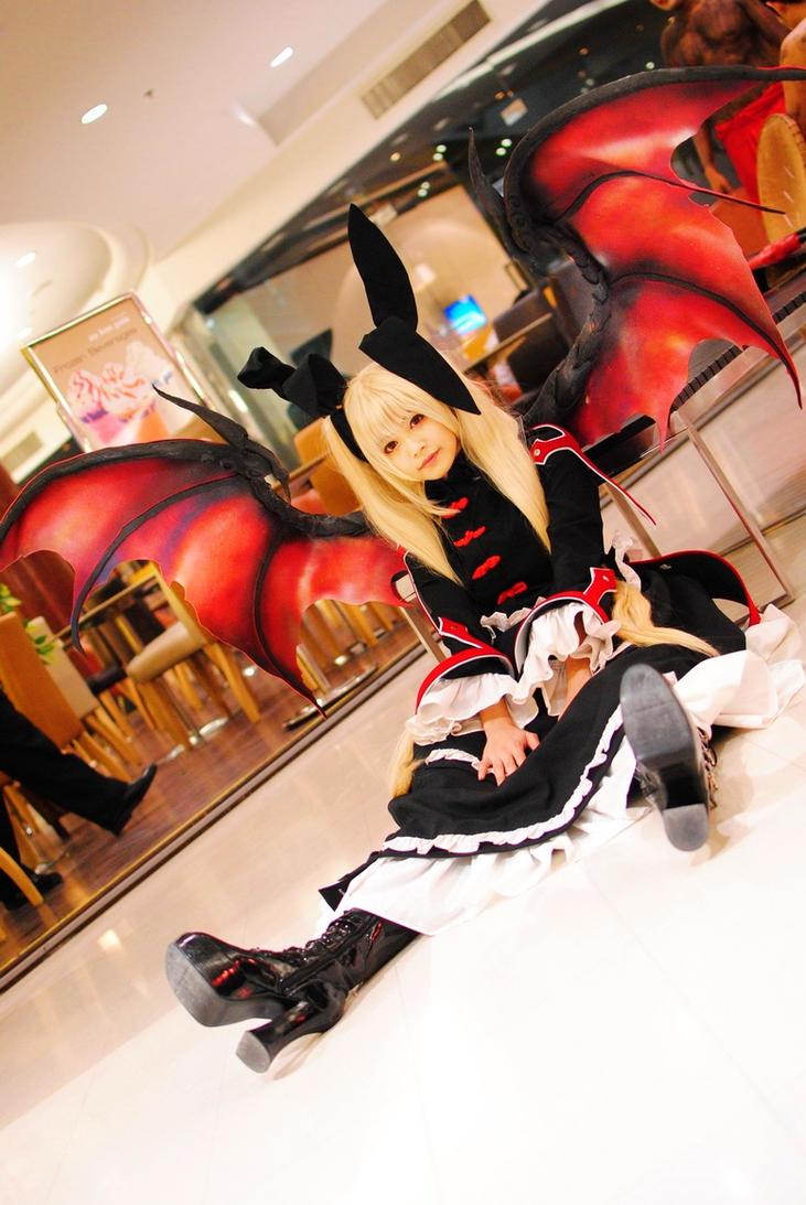 Vampire Lady by Hakuren-Naoki