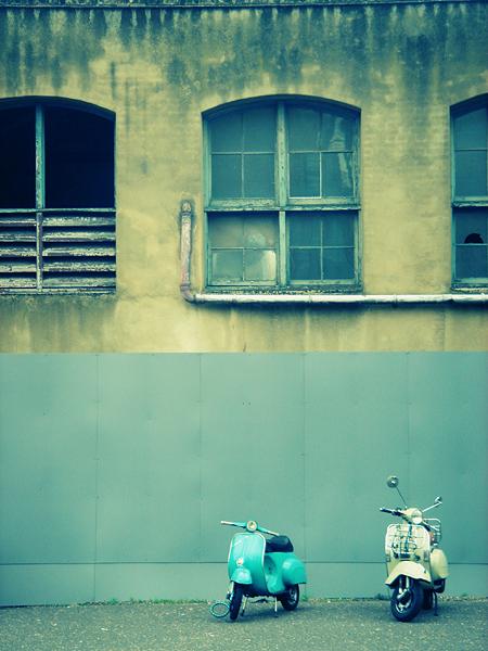 Tate Vespa by Pale-Septembre