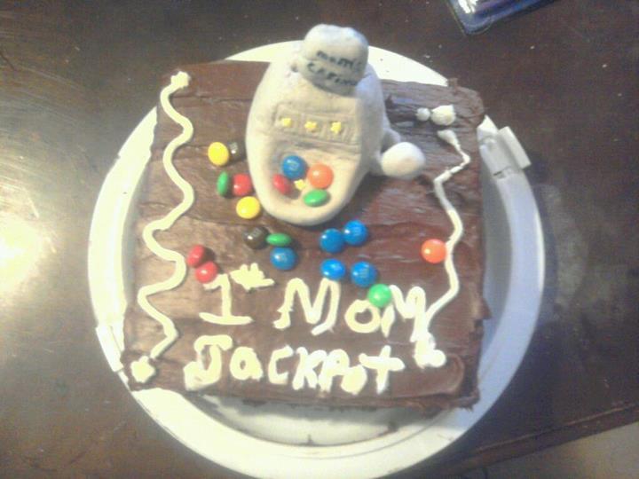 my mom birthday cake by ALovelessSilhouette