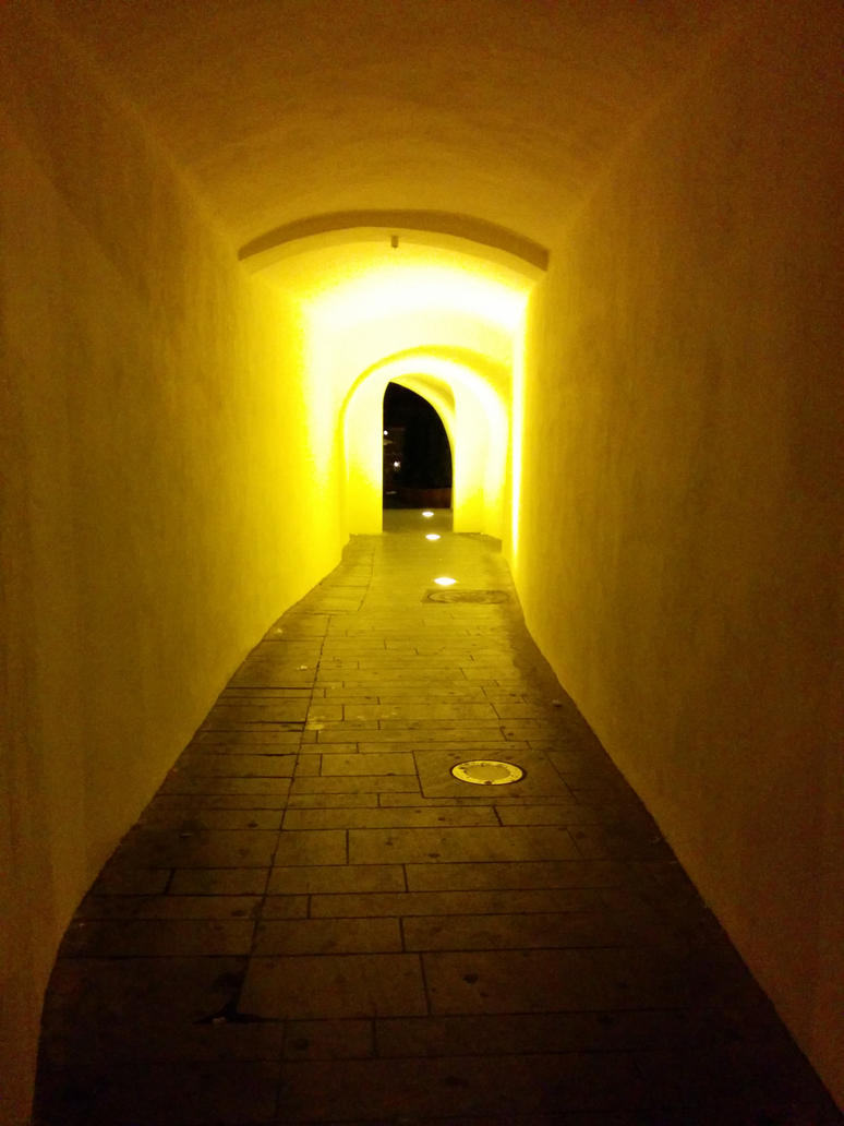 Golden Light by diginferno