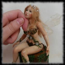 06 Spring Fairy sculpture ooak, 1 inch head by Rosen-Garden