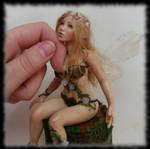 06 Spring Fairy sculpture ooak, 1 inch head