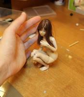 Mini Bjd Prototype - Posing with wig 01